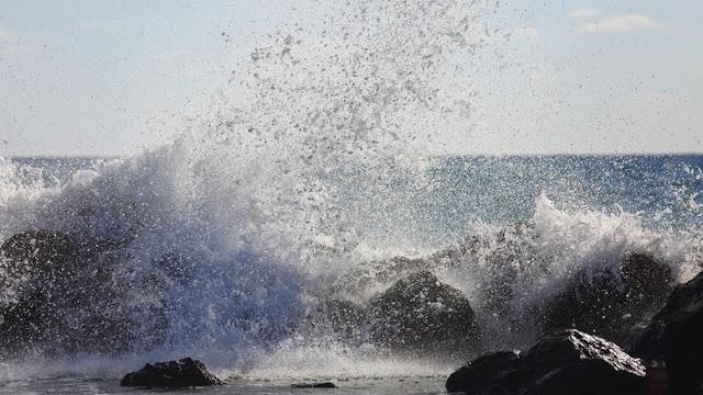 Αναστάτωση έχει προκαλέσει ο Eκκωφαντικός κρότος που τράνταξε ολόκληρο το Κεντρικό Αιγαίο