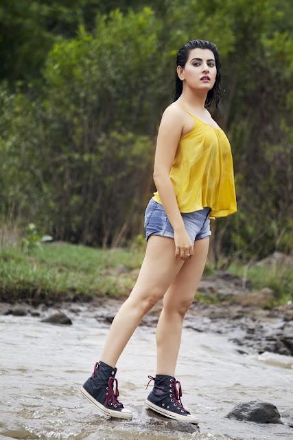 Actress Archana Shastry Latest Photoshoot Pics Navel Queens