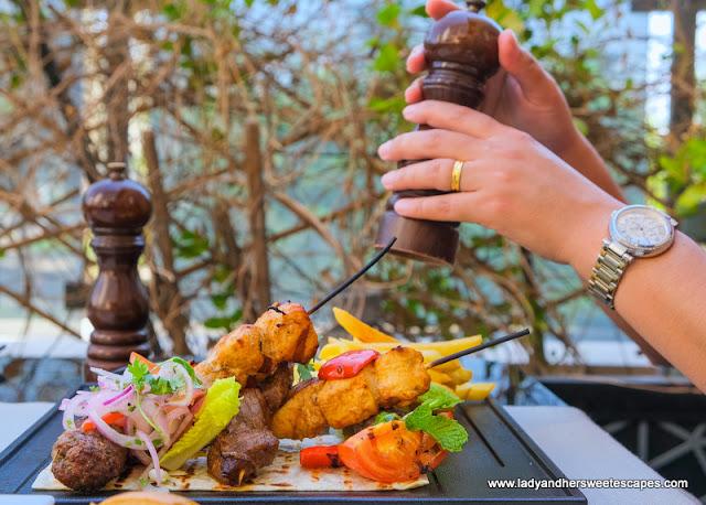 mixed grill in Medley restaurant Pullman Hotel Dubai