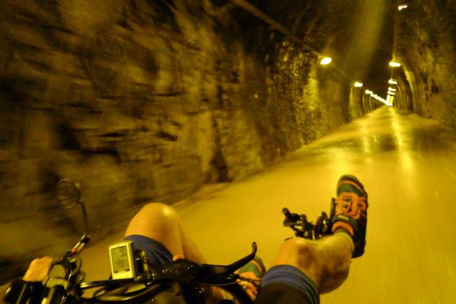 De Paris à Narbonne en vélo, Tunnel du Bois-Clair