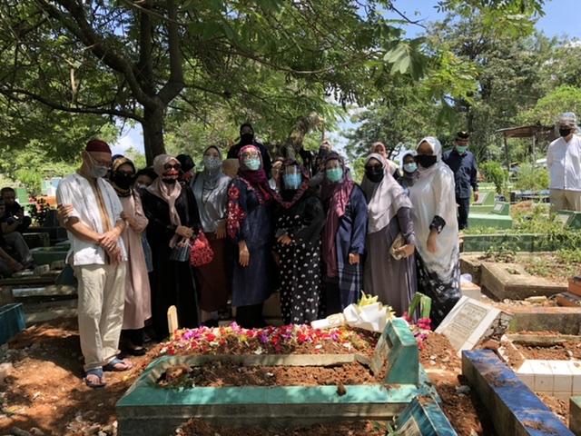 The big family of Alm Imam Prabu