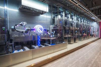solusi-hadapi-pandemi-restoran-yang-dilayani-robot-akan-jadi-tren-di-masa-depan