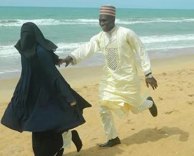 prewedding photo muslim couple