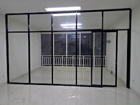 partisi kaca aluminium dan pintu kaca aluminium sliding