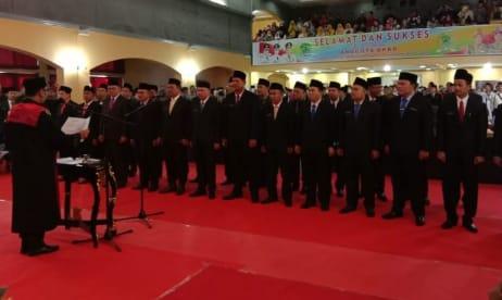 25 Anggota DPRD PALI  Resmi Disumpah