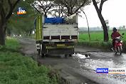 Jalan Penguhubung Ngawi-Bojonegoro Rusak Parah