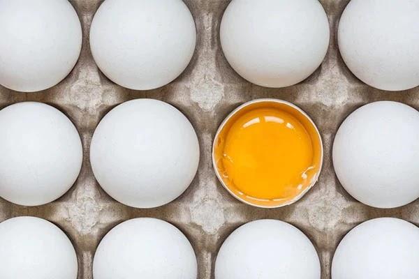 अंडे से एक रात में बाल बढ़ाने का 6 तरीका