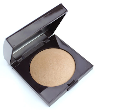 Laura Mercier Matte Radiance Baked Powder in Bronzer 01 review swatch swatches