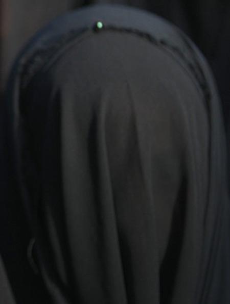 തട്ടമിട്ട് സ്കൂളില് വന്നതിന് വിദ്യാര്ത്ഥിനിയെ അധികൃതര് ടി സി നല്കി പറഞ്ഞുവിട്ടു