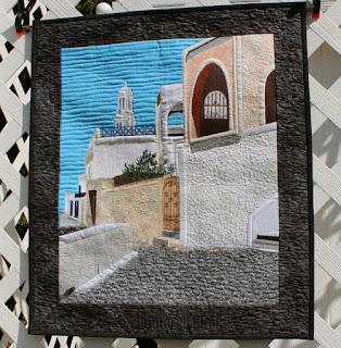 Santorini-Greece-Pictorial-Quilt