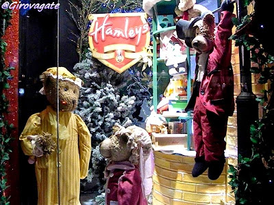 hamleys toy shop london