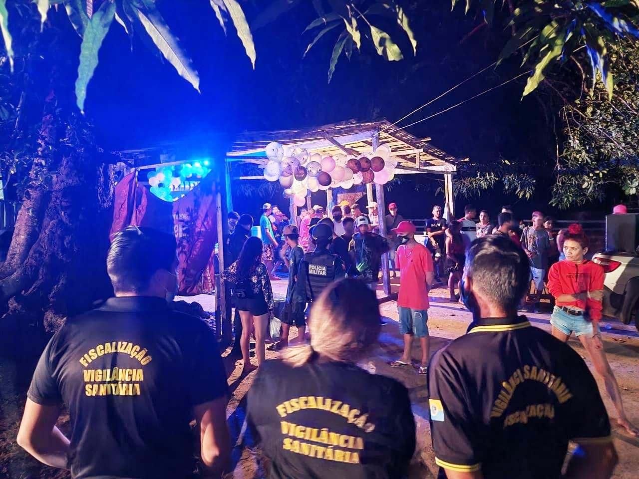 Vigilância Sanitária e PM encerram duas festas clandestinas em Santarém; fotos