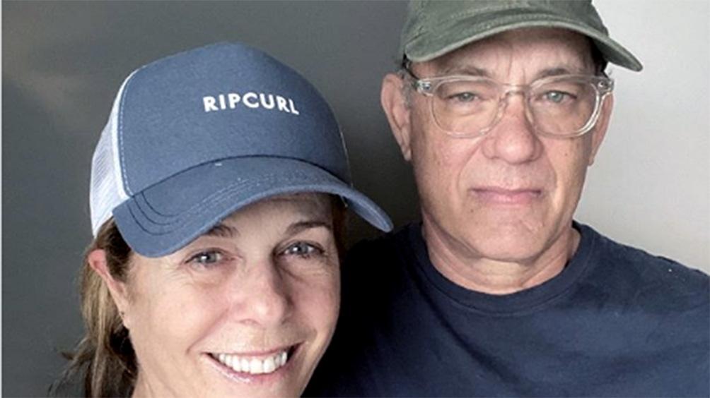 Tom Hanks y su esposa donan sangre para la investigación de una vacuna