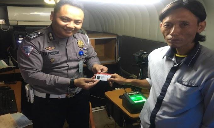 Polres Serang Terus Tingkatkan Pelayanan SIM Keliling kepada Masyarakat