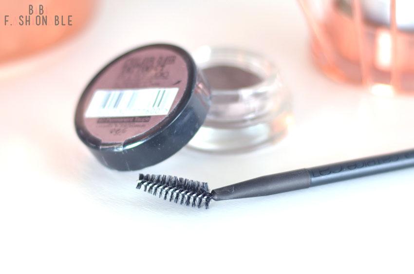 Quick Tipp Augenbrauen durchbürsten