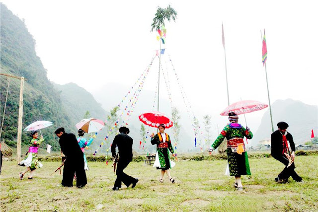 Gau Tau festival of Mong people in Ha Giang 1