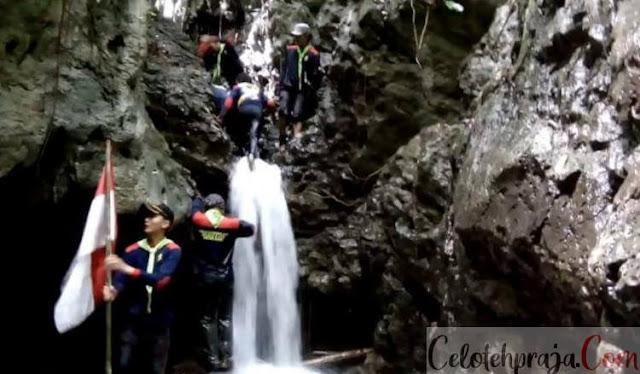 Air Terjun Baho Gamira Gunung Sitoli