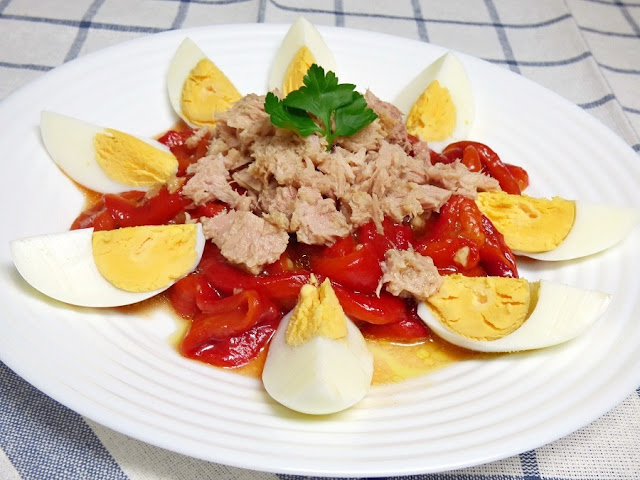 ensalada-pimientos-asados-atún