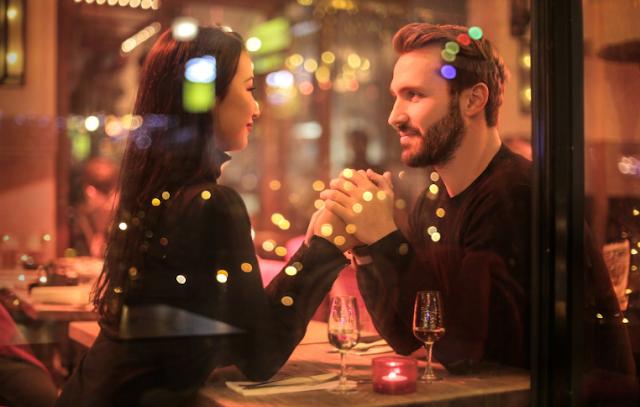 An Uknown Girl - Romantic Love
