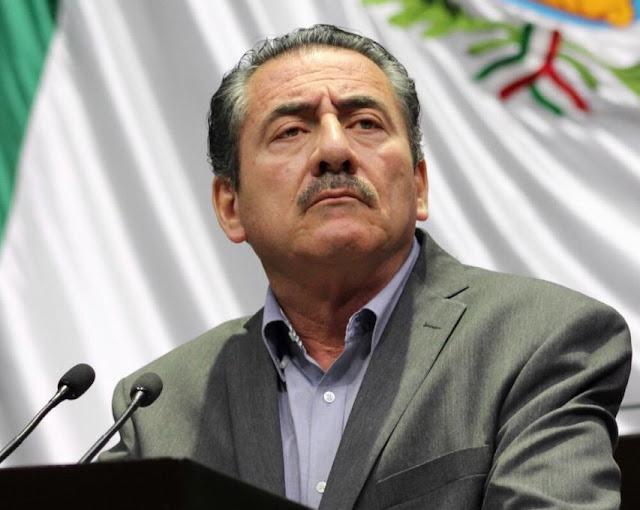 """Repite AMLO con Carlos Romero Deschamps, maniobra """"Medina Mora"""": amenaza, chantaje e impunidad, el """"te vas y hay olvido"""": Antonio Ortega"""
