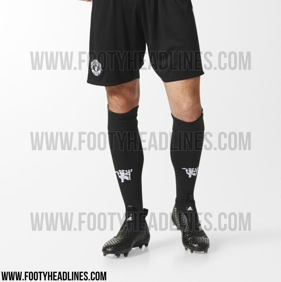 manchester-united-17-18-away-kit-2.jpg