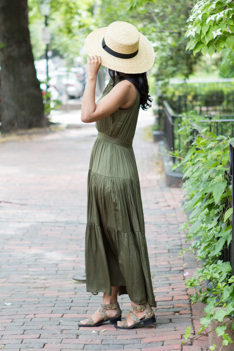 banana republic, summer style, circus by sam edelman, simple outfits, flowy dress, dressy outfit, casual outfit, summer style, look book, petite fashion, boater hat, american eagle outfitter