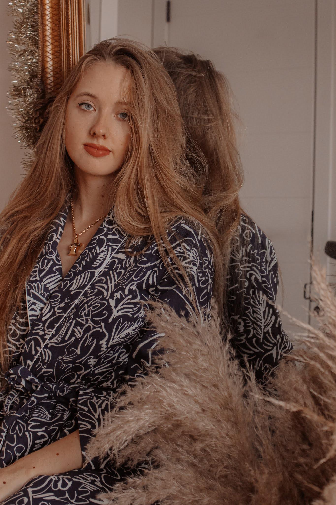 Bonsoir of London Claire de Quénetain Blue Dressing Gown