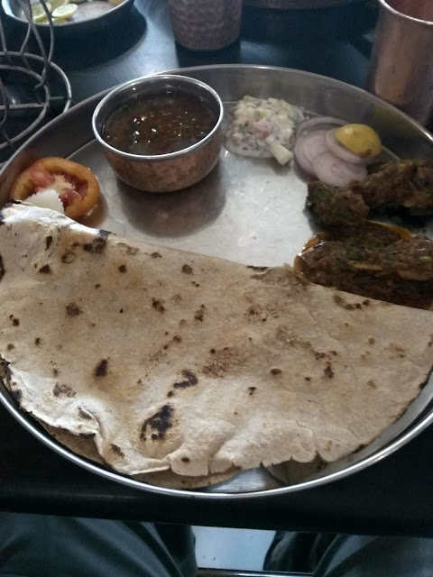 restaurant mutton bhakri