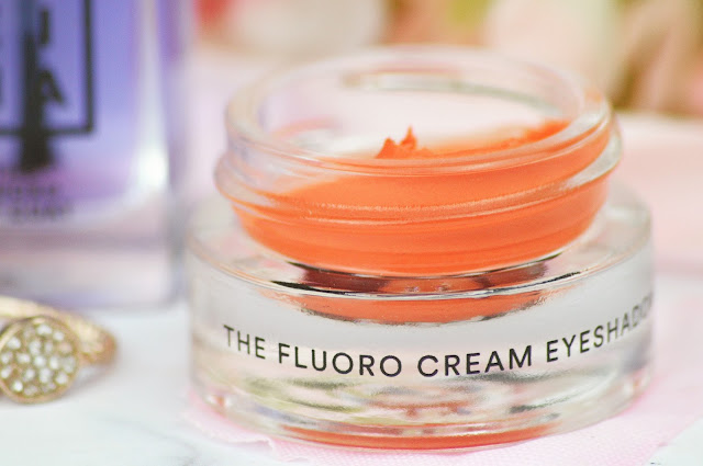 3INA Cosmetics new Fluoro UV Collection Turn On The Night Review