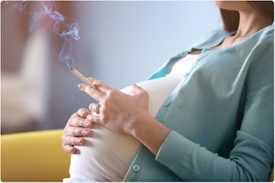 8 Dangers of Smoking While Pregnant