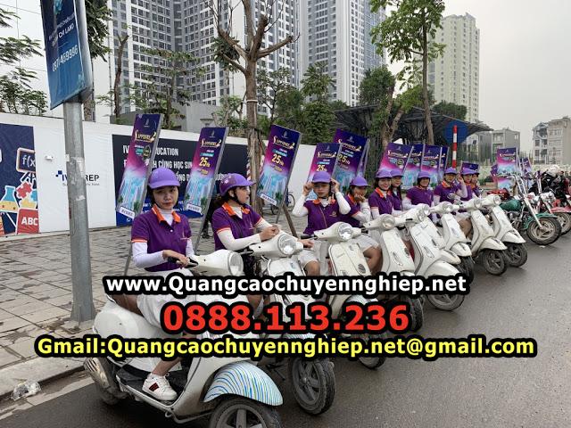 Roadshow đường phố bằng xe máy
