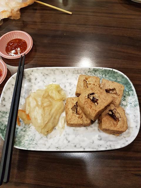 Exploring Banqiao Nanya Night Market (板橋南雅夜市)