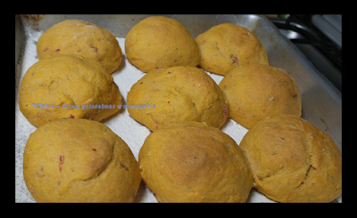 pão caseiro; receita com tomate; receita com molho de tomate; café da manhã ou lanche