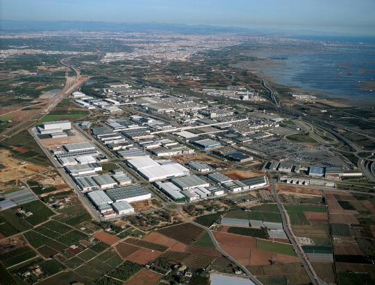 """El Ivace concede 1,8 millones de euros para modernizar 23 polígonos industriales de l""""Horta en 2019"""