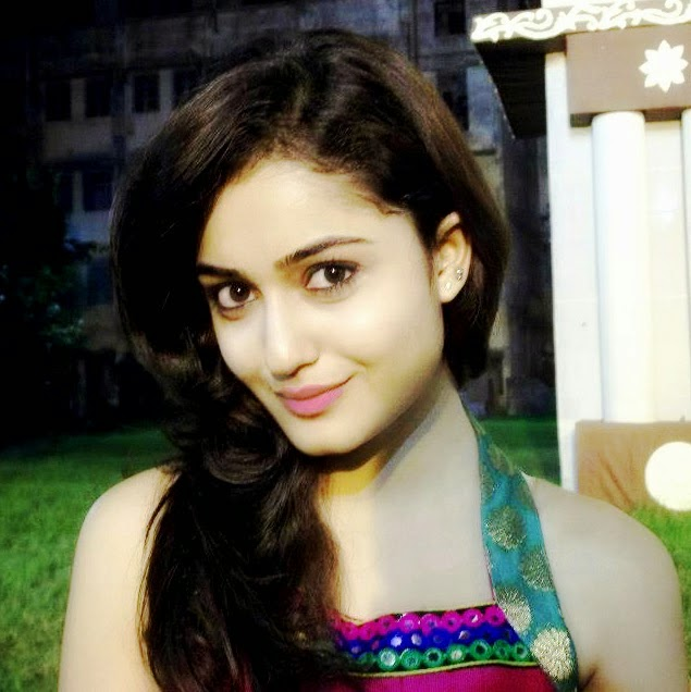 Tridha Choudhury Photo Gallery