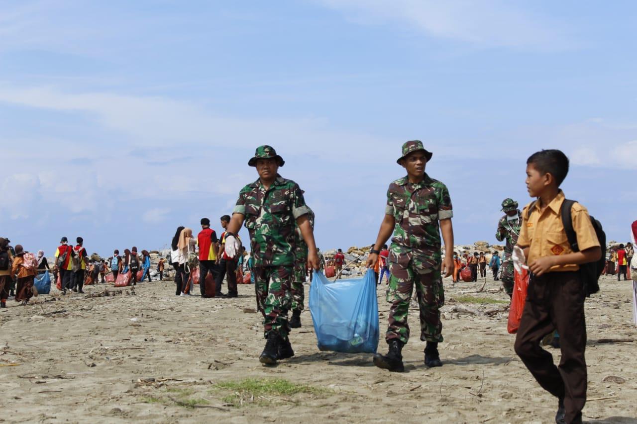 Kodim 0110/Abdya Gelar Karbak HUT TNI, Pesertanya Capai 1000 Orang