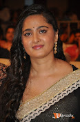 Anushka at Lingaa Successmeet-thumbnail-8