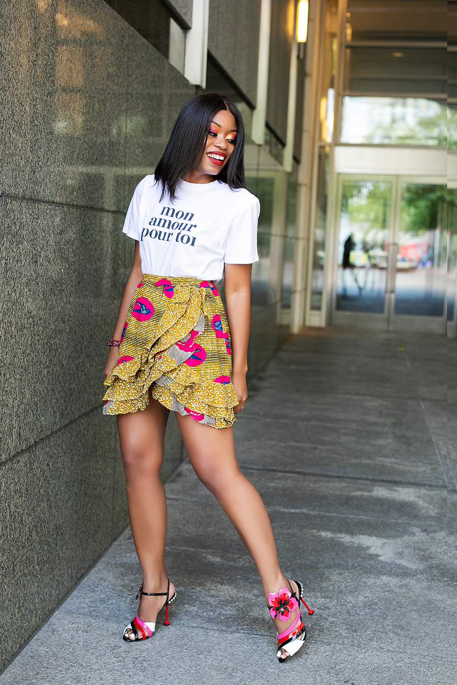 african print skirt, graphic tee, www.jadore-fashion.com