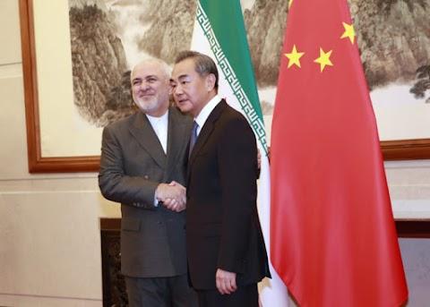 Peking továbbra is kiáll az iráni atomalku fenntartása mellett
