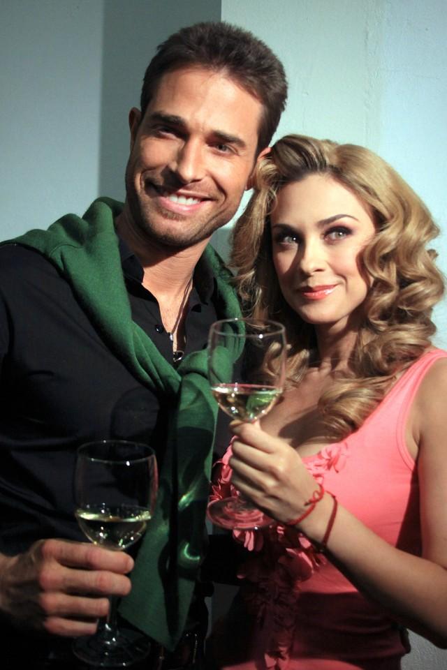 Photos of Latino Stars: Sebastian Rulli y Aracely Arámbula.