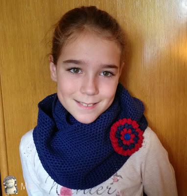 bufanda cuello a crochet con flor popcorn