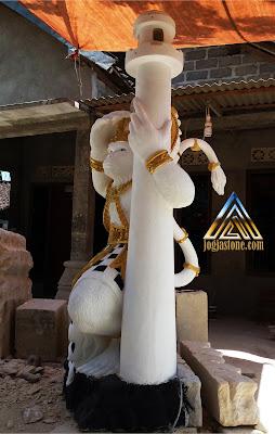 Patung kera sakti di cat dari batu paras jogja / batu putih
