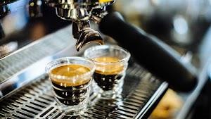 Cách pha cafe Espresso ngon chuẩn vị Ý