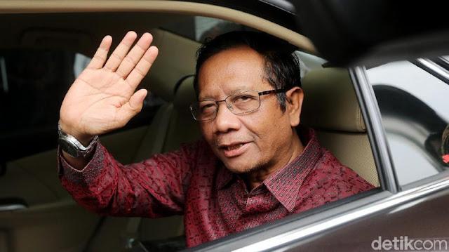 Mahfud MD Bocorkan Dugaan Motif Teror Bom ke Pimpinan KPK