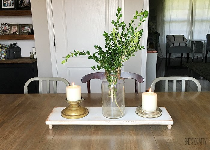 Easy Farmhouse Table Centerpiece - how to decorate table centerpiece