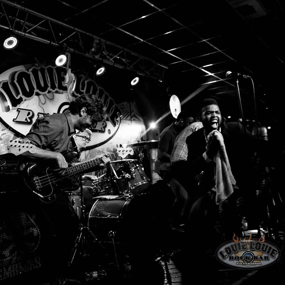 Louie Louie rock bar Estepona