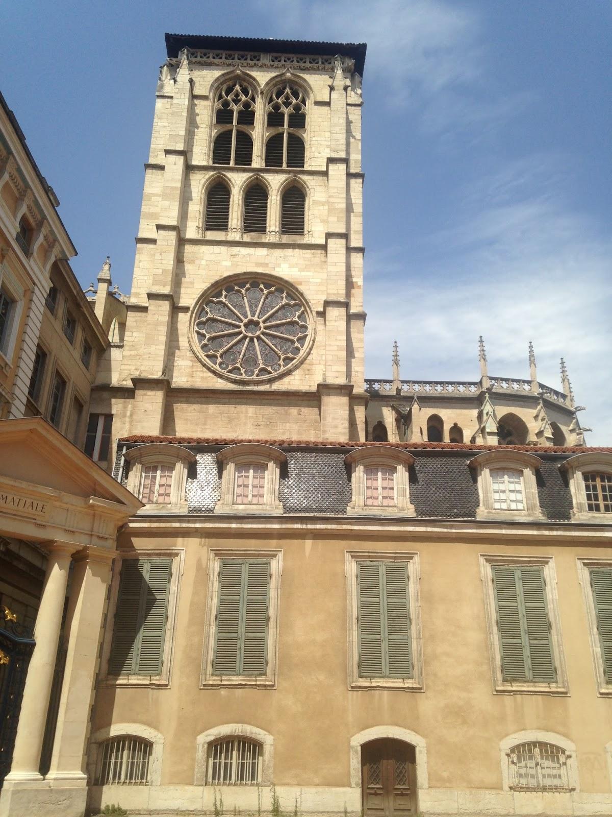 Palais épiscopal de Saint Jean