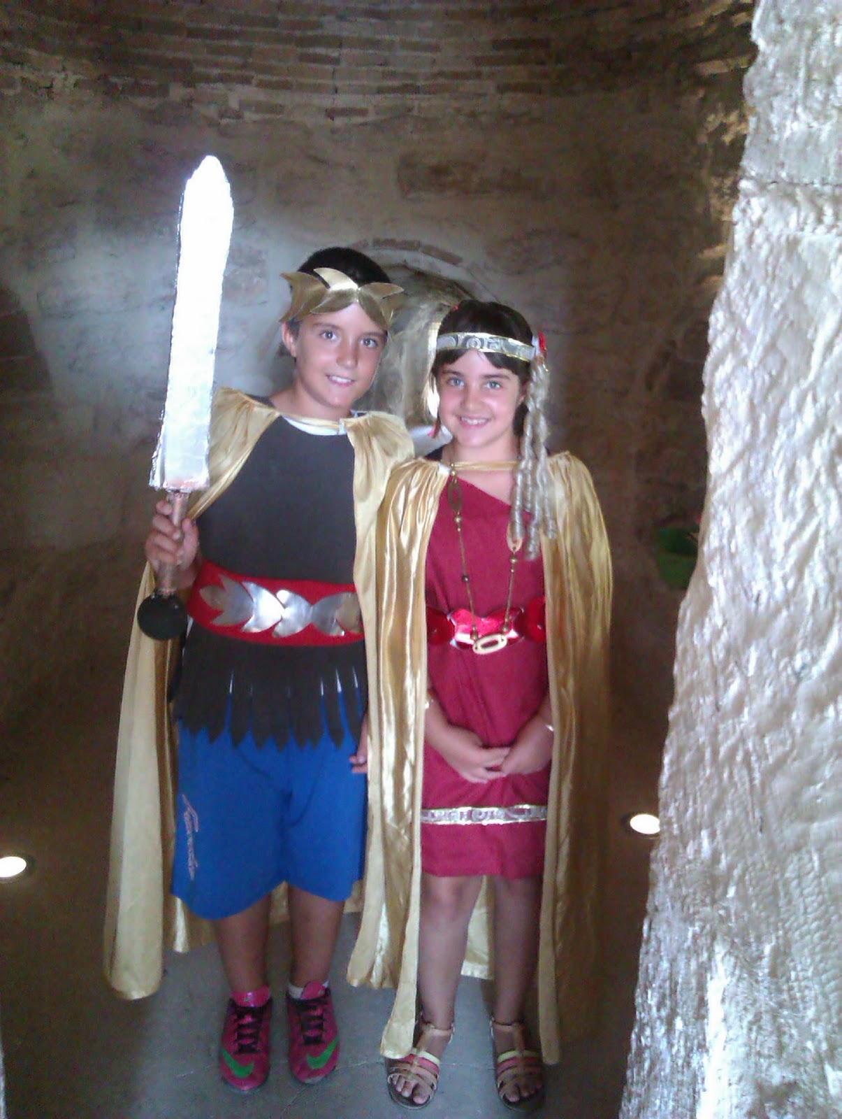 disfraz de soldado romano reciclado