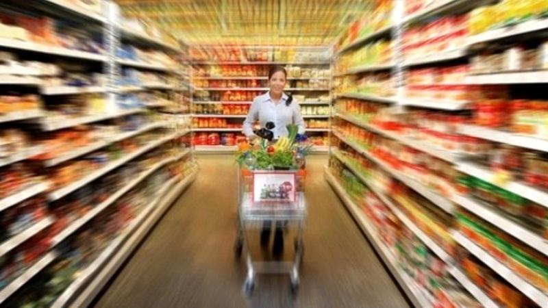 Τι απαγορεύεται να πωλούν από την Τετάρτη τα σούπερ μάρκετ