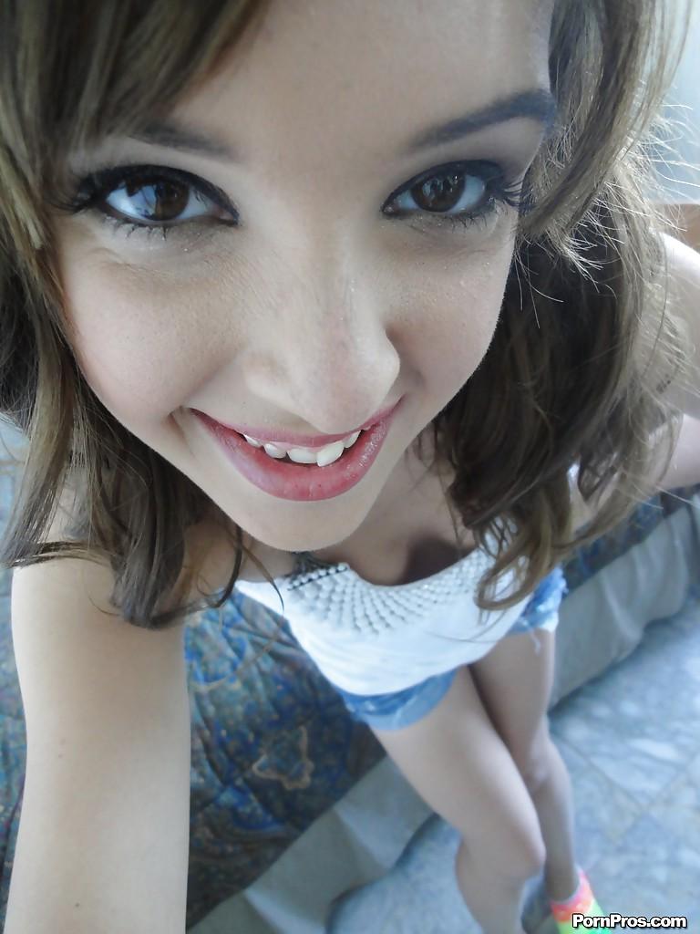 Topless teen girl selfie